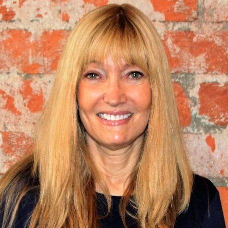 Debbie Hirschmann - Aish Los Angeles Website - JWI About
